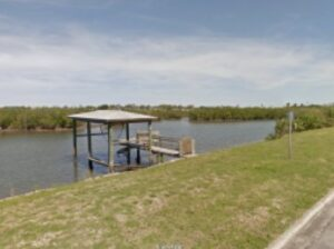 Boat Dock with Lift